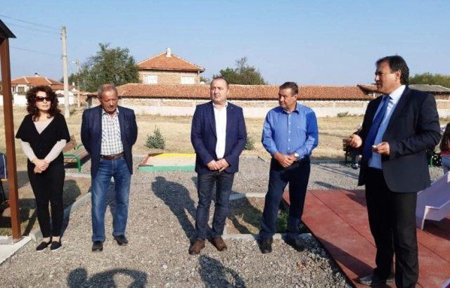 Атанас Балкански проведе предизборна среща в село Драгомир