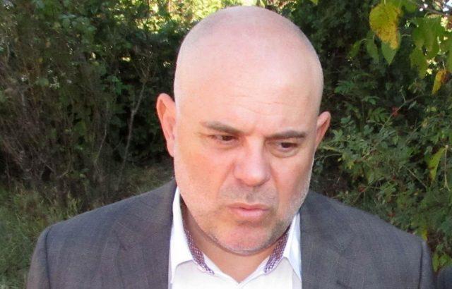Организират нов протест срещу Иван Гешев