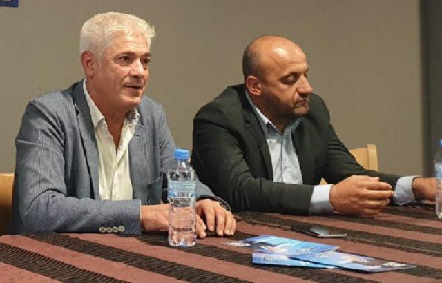 Инж. Методи Чимев на среща с таксиметровите шофьори в Дупница