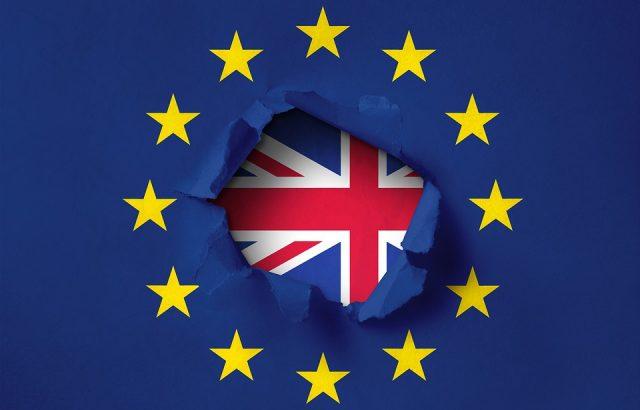Франция ще одобри само няколко дни забавяне на Брекзит
