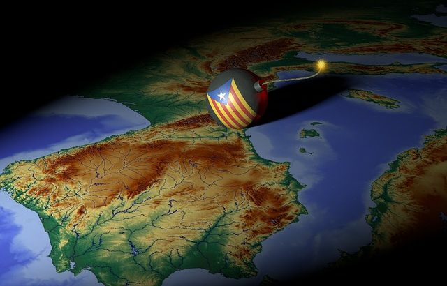 Над 50 души са ранени по време на сблъсъци в Барселона