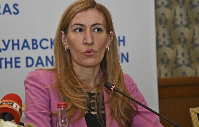 Николина Ангелкова: Подготвяме Лято 2020